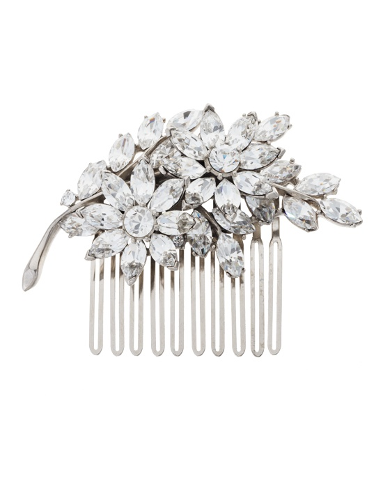 This elegant crystal bridal comb from designer Ben Amun will charm you with its floral details. Round brilliant and marquise cut crystals come together to create a sparkling flower, set beautifully in a silver plated setting, ensuring that this piece will bring an effortless touch of elegance to your bridal look.