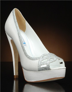 Cut-out peep toe platform pump with silver glitter accents