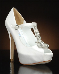 Peep toe t-srap platform pump with crystal embellishment