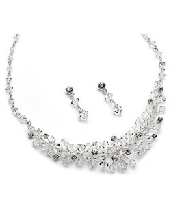 A perfect and delicate combination of Swarovski Crystals and Rhinestones for ultimate shine and sparkle.