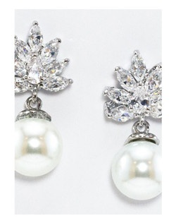 "Floral inspired cubic zirconia and freshwater pearl drop earring. Rhodium Plating.  Length 1.0"" Width .50"""