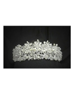 Royal Collection - Victorian Crystal and freshwater pearl wedding tiara