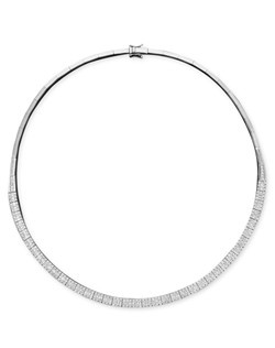 A classic collar necklace has never looked so chic! Dozens of glittering round-cut diamonds (4-1/6 ct. t.w.) dust the surface of Classique by Effy Collection's sparkling style. Crafted in 14k white gold. Approximate length: 16 inches.