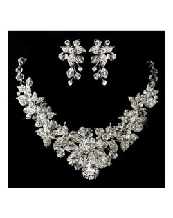 Amelie - NEW!! Exquisite crystal bridal necklace set