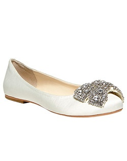 Faux leather upper / Synthetic shoe lining, almond closed tow  ballet flat with rhinestone bow detail