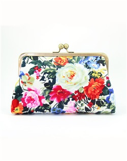 Reminiscent of classic oil on canvas, this floral clutch is the finishing touch to a vintage-inspired wedding.