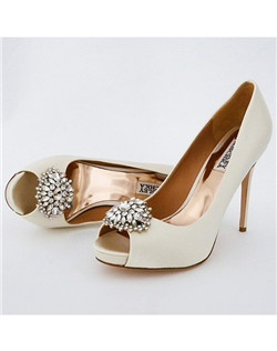 "4"" heel, 3/4"" platform, open toe, ornament"