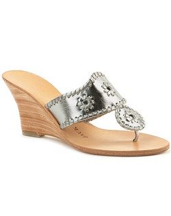 Our favorite Hamptons sandal is wedding-ready thanks to a stacked wedge heel! Comfort is still king on this pair, finished with a soft leather upper available in neutral metallic colors. This classic style, finished with our rondelles and signature whipstitch trim, will take you from your ceremony, reception, and after party in style.