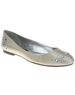 """We never compromise style for comfort; instead we bring you both in one design.  The Pepper is comfort and class all in one shoe, you won't miss the heel!  This is the go-to ballet flat that promises to deliver a touch of sparkle and elegance to any outfit.