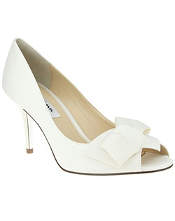 """For the whimsical and feminine romantic, our Fraser pump is the perfect fashion accessory to compliment your personality.  Wear with patterns and colors this season and always accent with your chic Nina pump!  Available in array of colors for every outfit! 