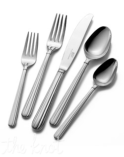 Rugged 18/8 stainless wears the same vertical detailing featured on our Italian Countryside dinnerware. This 5 piece placesetting includes a dinner fork, salad fork, dinner knife, soup spoon and teaspoon.