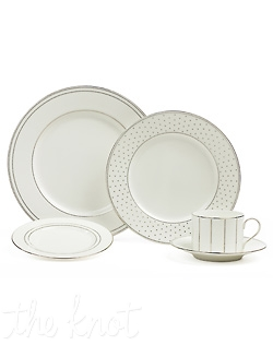 This fresh, chic pattern brings excitement to the table with a contemporary diamond design. The pure white bone china dinnerware is adorned with elegant rings of diamonds while the accent plate and mug feature a playful all-over diamond design, creating a modern yet classic look for your table. Hand wash only.