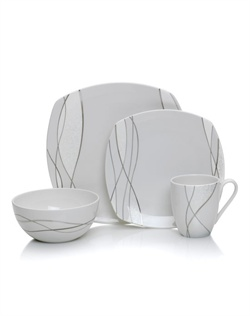 Something New, an updated yet elegant addition to the I Do Collection, is inspired by the traditional wedding practice of gifting the bride, and brings a modern twist to the concept of new. Platinum threads weave across the soft square pieces, bringing a touch of contemporary elegance to the table.