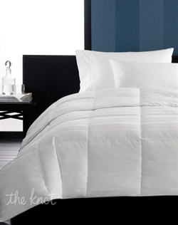 Sleep in luxury. The Primaloft Medium Weight comforter from Hotel Collection surrounds you in plush softness and sophisticated design. Featuring a hypoallergenic Primaloft fill that helps control allergens in a versatile weight ideal for all seasons. A subtle stripe pattern adorns the soft, 300 thread count, 100% cotton cover for a modern, stylish look.