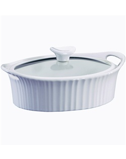 CorningWare® French White® is the quintessential bakeware collection for any bride.  This classic, fluted design has been a staple in the kitchen for generations.   This 1.5 quart baker's updated design moves from oven to table with ease, making it perfect for any occasion. 