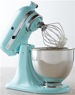 A smaller version of commercial-size models, this versatile stand mixer is designed with enough power and capacity to prepare large batches of cake batter or cookie dough without compromising your kitchen counter space. It's expertly hand assembled in Greenville, Ohio, home of KitchenAid since 1919.