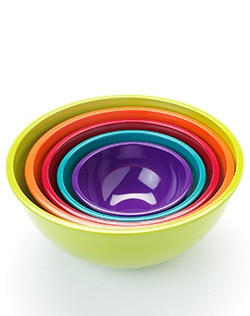 This Food Network mixing bowl set adds a lively touch. Makes a great wedding or housewarming gift.