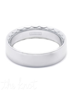 Discover a Passionate union of wedding bands; for him and her. A hardy pebbled exterior makes this rounded, three-sided band absolutely exceptional. Hand-engraved Tacori crescent silhouette details and signature milligrain give this ring understated style.