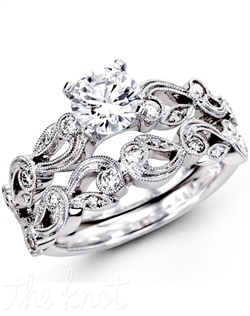 18K White Gold Wedding Set, 0.28 Round Diamond
