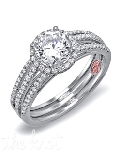 <p>Available in White Gold 18KT and Platinum. 0.35 RD</p><br>
