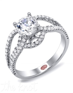 <p>Available in White Gold 18KT and Platinum. 0.54 RD</p><br>