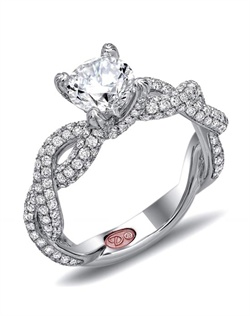 Available in White or Yellow Gold 18KT and Platinum. 1.31 RD
