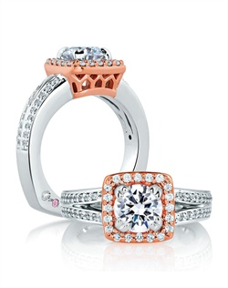 Two Tone Split Shank with Regal Carriage Center Setting Engagement Ring.<div><div>Style No # : MES595</div><div>Collection : Metropolitan® </div><div>Center Stone : Round</div><div>Setting : Pavé</div><div>Style : Signature</div><div>Price starting from : $4,900 (excluding center diamond)</div><div>Diamond Carat Weight (without center) : 0.48 CT</div></div>