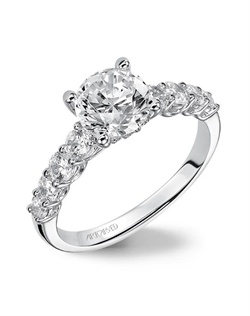 Classic Prong set diamond engagement ring.