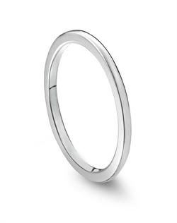 Jamesallen.com platinum 1.5mm half round wedding ring.<BR><BR>Facebook: https://www.facebook.com/jewelryplatinum?fref=ts