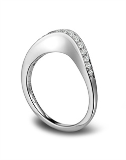 Michael Bondanza platinum sculptural wedding band featuring 0.26ct of diamonds.<BR><BR>Facebook: https://www.facebook.com/jewelryplatinum?fref=ts