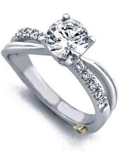 The Surge engagement ring contains 11 diamonds, totaling 0.195ctw.