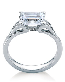 Emerald-cut solitaire named after the Scottish island of Eorsa. Practical, low-set ring with open design that reveals the point (culet) of the gemstone. Available with or without pave diamond accents.