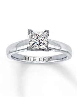 A captivating 1 carat princess-cut Leo Diamond is set in a band crafted of 14K white gold in this beautiful diamond solitaire ring for her. The diamond is independently certified and laser-inscribed with a unique Gemscribe® serial number. Diamond Total Carat Weight may range from .95 - 1.11 carats.