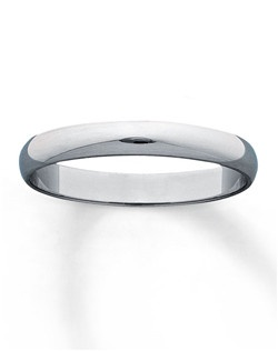 The ideal symbol of a lifelong love, this elegant wedding band for her is set in 10K white gold and features a high-polish finish.