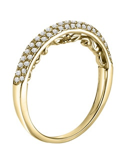 14kt Yellow Gold 1/4ctw Wedding Band with Round Prong set Diamonds