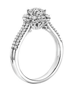 14kt White Gold 3/4ctw  Ladies Engagement Ring. With Round Prong  Set diamonds