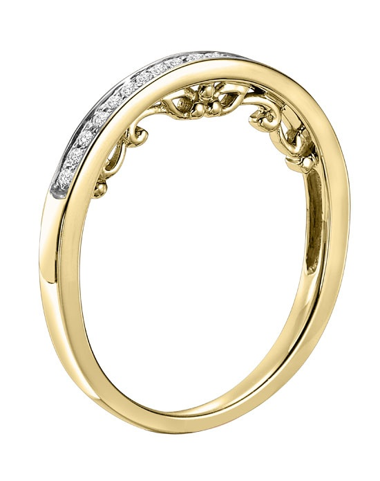 14kt Yellow Gold 1/7 ctw Diamond Wedding Band with Round Prong set Diamonds