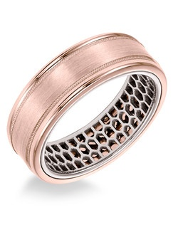 Men's Wedding Band with mesh pattern inside and flat profile with milgrain detail and round edge in 7mm width. Available in multiple white, yellow and rose gold color combinations. Available in Platinum, 18K and 14K gold.