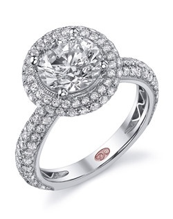 Available in White or Yellow Gold 18KT and Platinum. 1.50 RD.