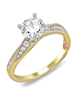 Available in White or Yellow Gold 18KT and Platinum. 0.18 RD.