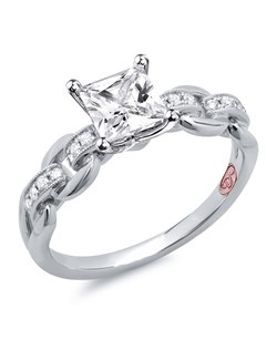 Available in White Gold 18KT and Platinum.0.12 RD。