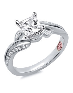 Available in White Gold 18KT and Platinum.0.12 RD.
