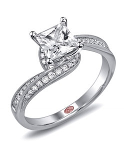 Available in White or Yellow Gold 18KT and Platinum. 0.21 RD.
