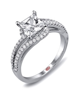 Available in White or Yellow Gold 18KT and Platinum. 0.31 RD.