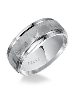 Comfort fit men's wedding band with textured finish. Available in Platinum, 18K & 14K Gold and in White, Yellow or Rose Gold.
