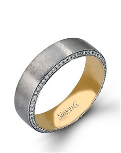 14K white and yellow gold band comprised of 0.50ctw round white diamonds.