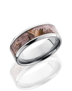 This masculine Titanium men's wedding band is 8mm wide with a custom beveled design. This ring contains a 5mm Kings Desert Camo pattern inlay. Bring out the best in him with this nature inspired ring.