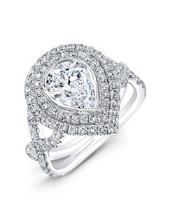 Pear-shaped diamond, 1.35 carats, with micropavé; total weight 1.25 carats; platinum setting