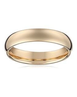 Choose a solid, classic look with this 5mm comfort fit men's wedding band, crafted in strong and radiant 14 karat yellow gold. This handsome band boasts a bright polished finish. The comfort fit design offers a rounded polished interior that allows the ring to slide on easily and rest comfortably on the finger.