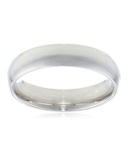 Choose a solid, classic look with this 5mm comfort fit men's wedding band, crafted in strong and radiant 14 karat white gold. This handsome band boasts a bright polished finish. The comfort fit design offers a rounded polished interior that allows the ring to slide on easily and rest comfortably on the finger.